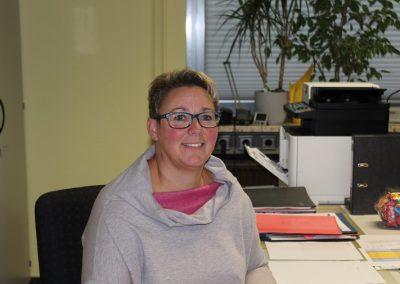 Anja Ellhoff, Sekretärin